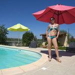 [451]  Une bonne baise en photos video au bord de la piscine