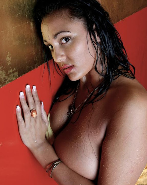 Hot Indian Sexy Showing Boobs
