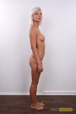 Nikol (24) 30/10/2011