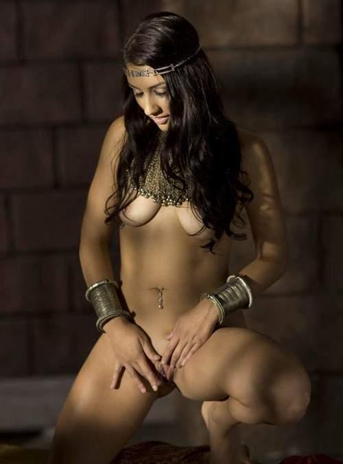Amazing & Sexy Nude Girls