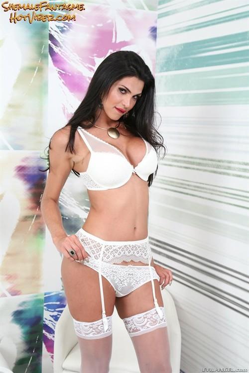 Raphaella Ferrari (set 2)