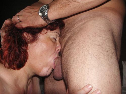 elle suce et aime ca la salope ....