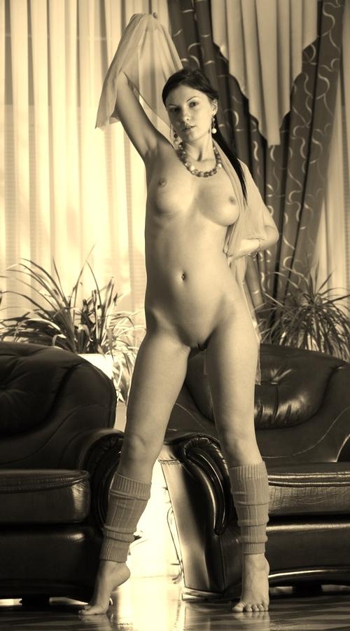 Mon âge change ce weekend mais pas ma passion pour la beauté de la nudité féminine.