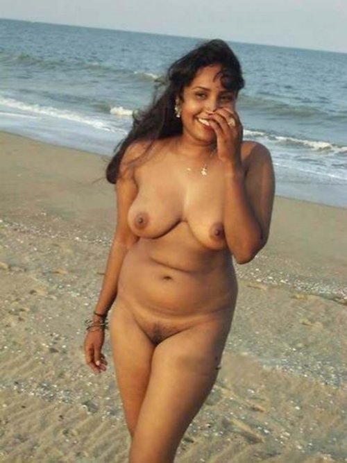 nude indian girl outdoor