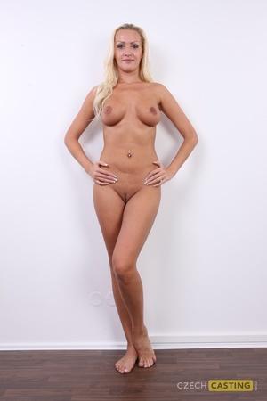 Olga (28) 30/10/2011