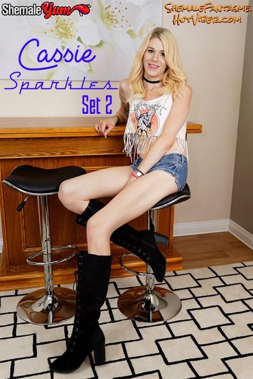 Cassie Sparkles (set 2)