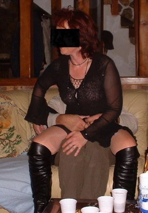 sous les jupes de magalie