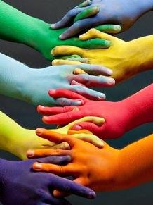 Haut nos couleurs !