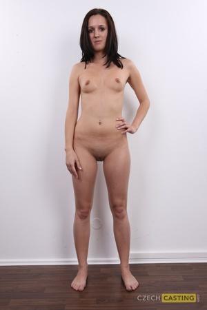 Veronika (26) 20/11/2011