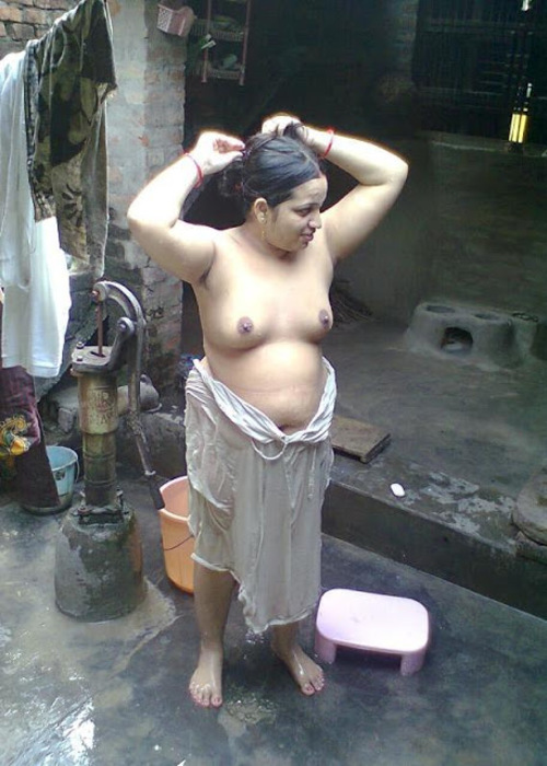 Indian Girls Showing