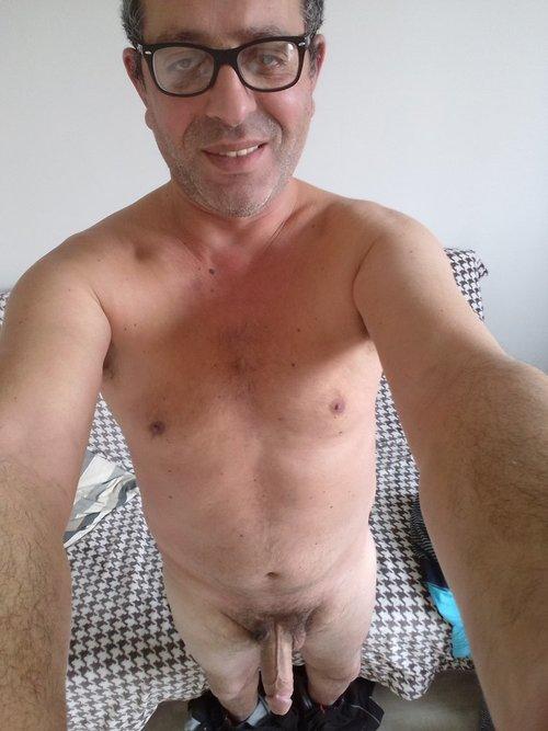 BITE MEC CAM GAY TTBM IMAGE NUS PHOTOS GIF