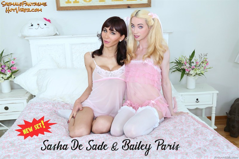 Sasha De Sade & Bailey Paris