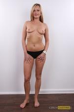 Lenka (30) 30/10/2011