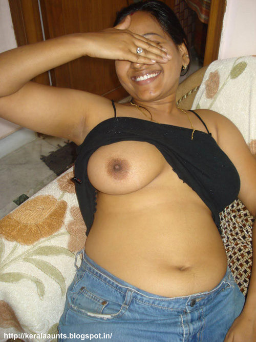 Indian Girl Getting Nude