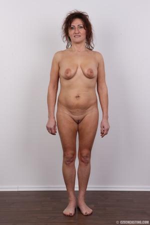 EMILIE (2208)