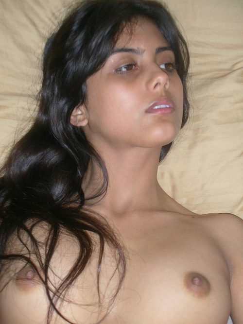 Nude Desi Indian Girls
