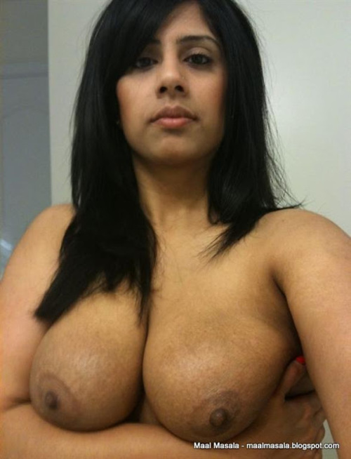 Nude Indian Showing Girls Boobs