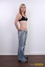 Ilona (21) 26/11/2011