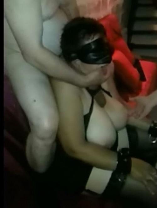 sylvie la reine des saunas et gang bang