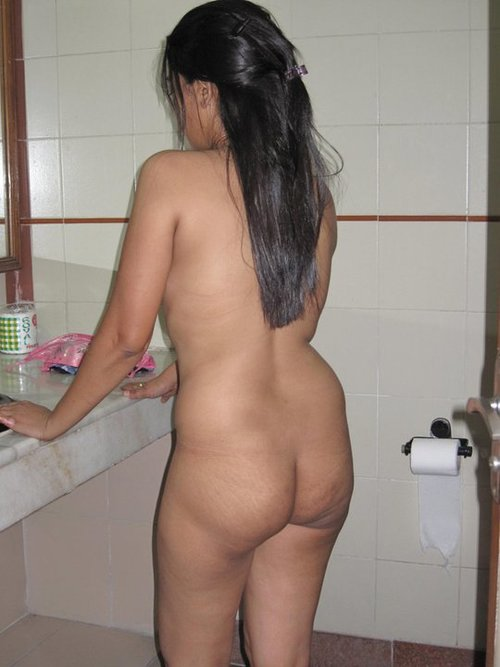 Indian Girls Strip And Showing