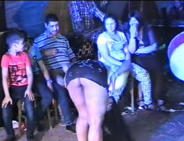 احلى رقص بدون ملابس داخلية