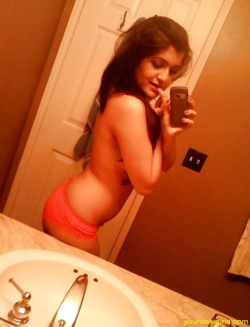 self photos desi Indian girls nude