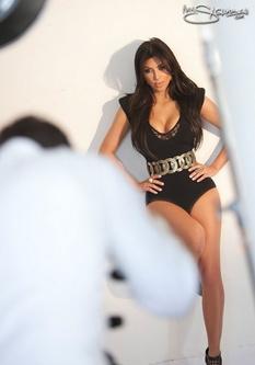 Kim Kardashian calendrier sexy 2011