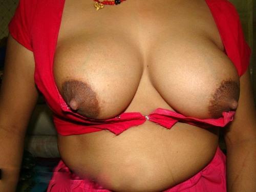 Desi Nude Indian Girls & Bhabhi