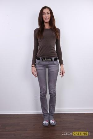 Barbora (22) 17/03/2012