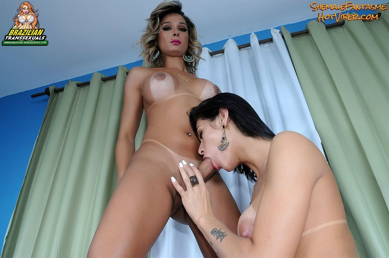 Bianca Hills & Mariana De Castro