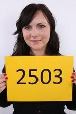 Martina (28) 25/12/2011