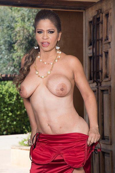 Andrea Grey - MILF model