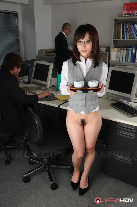 https://cdn.pornpics.com/pics1/2018-08-20/548319_03big.jpg