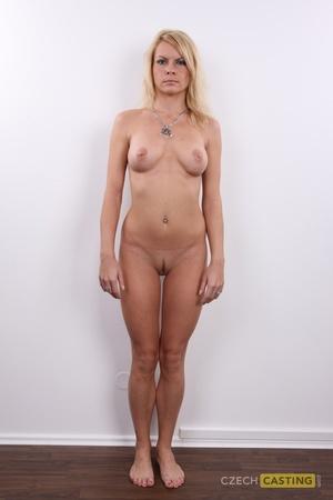 Andrea (26) 04/02/2012