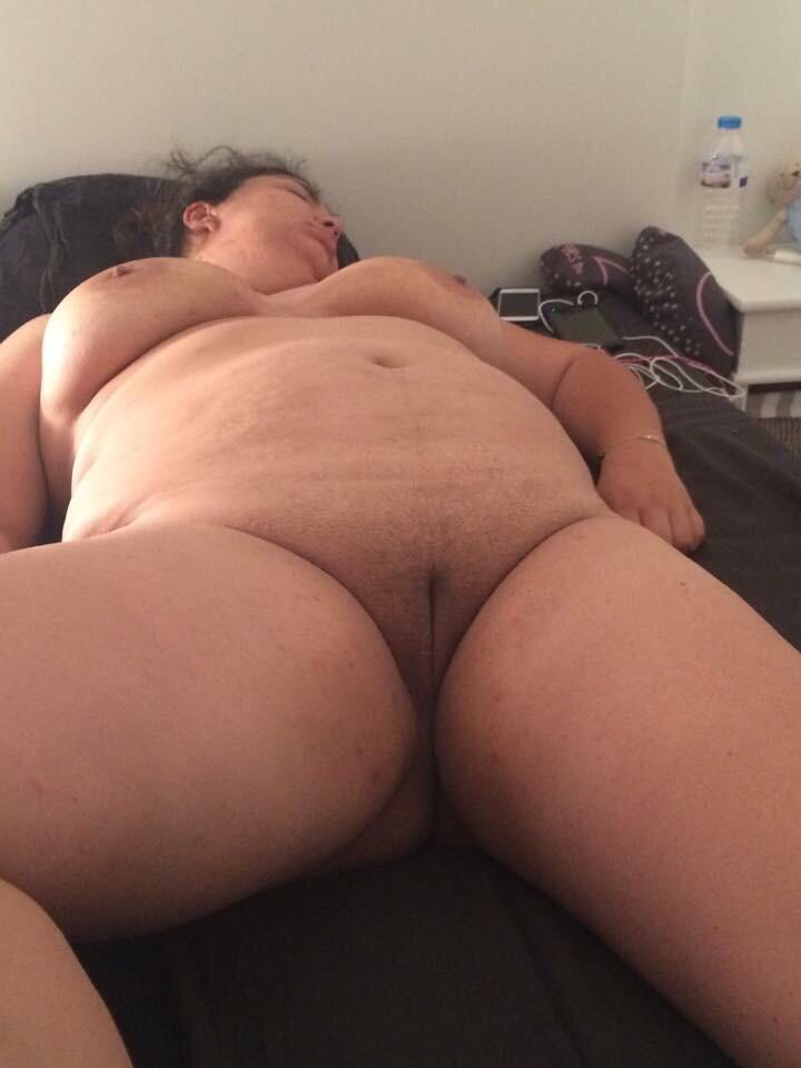 порно спящие толстые