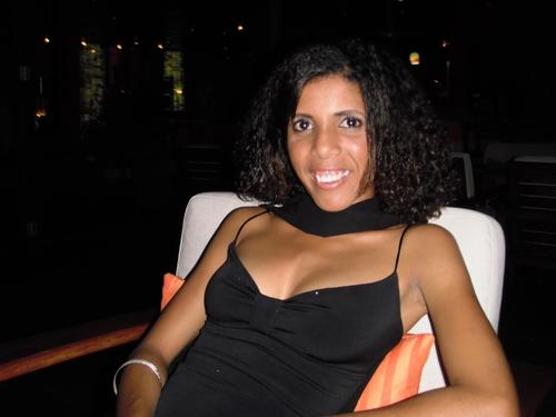 PAMELA sexy la mauritienne