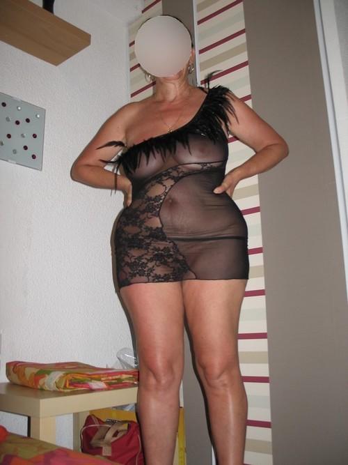 elle s habille de plus en plus provocatrice....