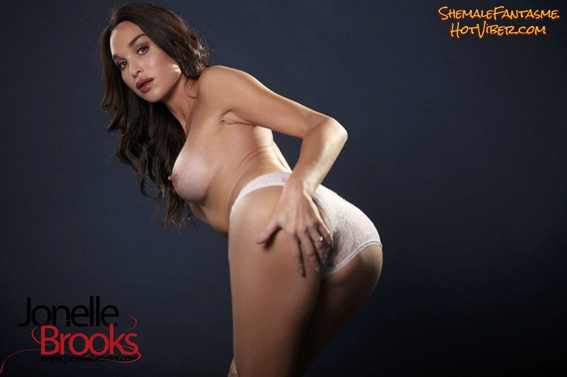 Jonelle Brooks (set 14)