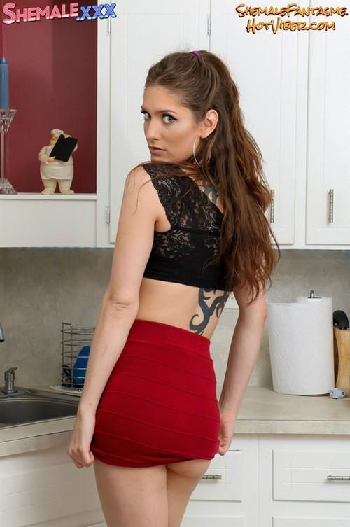 Danielle Lace