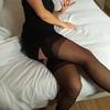 ANNE DE GIVORS nue comme habillee
