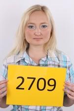Zuzana (24) 30/10/2011