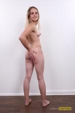 Veronika (21) 29/11/2011