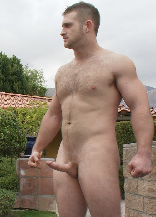 nude ordianry men head to toe